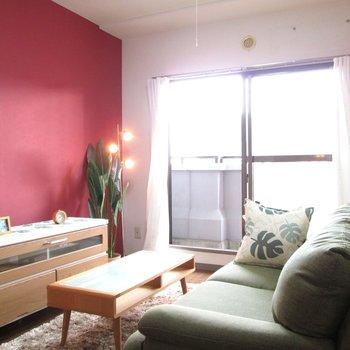 赤の可愛いアクセント壁♫※写真はモデルルームになります