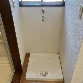 洗濯機はお風呂の前に。※写真は前回募集時のものです