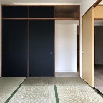 【和室6帖】畳に寝そべりたいですね!※写真は通電前のものです