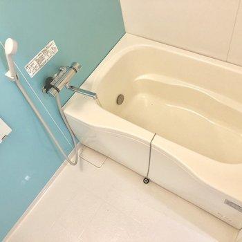 お、お風呂はかわいい水色!※写真は前回募集時のものです