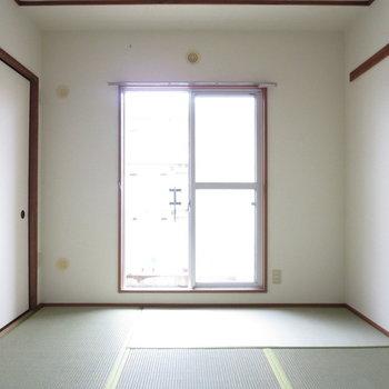 【6帖和室】畳の上でお昼寝したいなあ