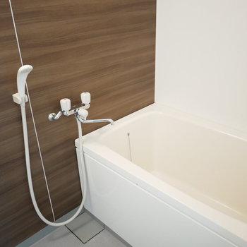 浴室はバスタブゆったり