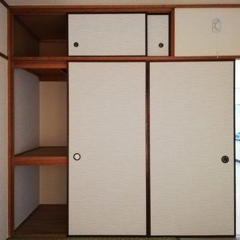 和室の方に、収納スペースがあります。※写真は2階の同間取り別部屋のものです