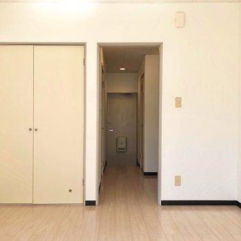 収納もしっかりありますよ。※写真は1階の同間取り別部屋のものです