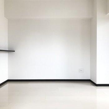 洋室からリビングを見渡すとこんな感じ。