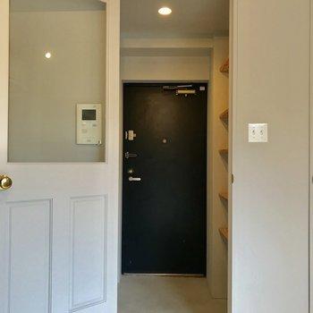この扉もチャームポイント。