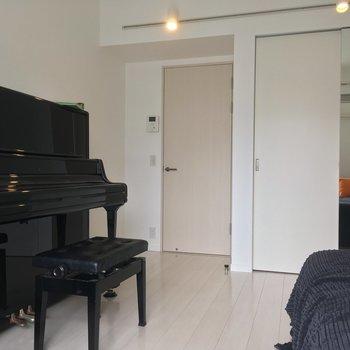 ピアノなどの大きな楽器は、アップライトタイプやキーボードがオススメ!