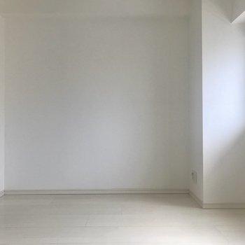 こちらの壁にはソファを置いてみようかな※写真は前回募集時のものです。