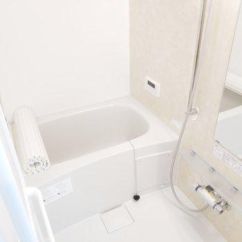 浴室乾燥機付きで雨の日に助かるなぁ。