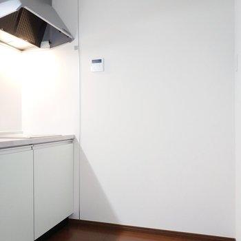 キッチンも後ろの幅が魅力的。