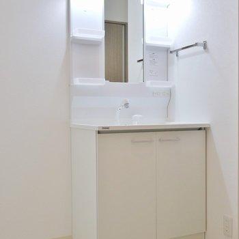 ゆったりとしたスペースを確保。※写真は同タイプ別部屋のものです。