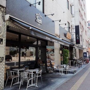 近隣にはもちろん横浜らしいおしゃれなお店が!