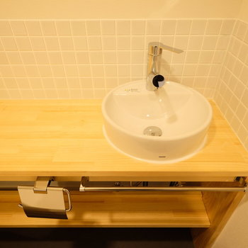 可愛らしい洗面台あります!まるでカフェのよう。