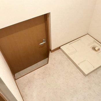 ん?なんだこの扉は・・・