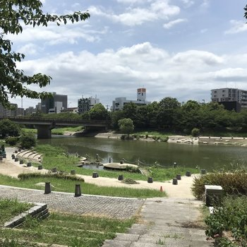 お部屋の前には美野島南公園も。ゆっくりお散歩したいな〜。