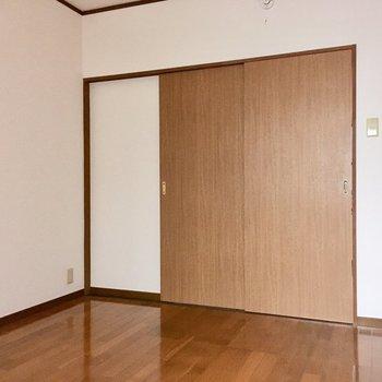 寝食分けたい人は、扉をしめてくださいね◎(※写真は清掃中のものです)