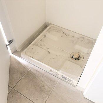 洗濯パンは普段は隠せます!*写真はクリーニング前です