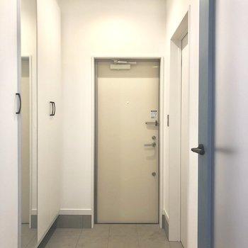 広々玄関。※写真は前回募集時のものです