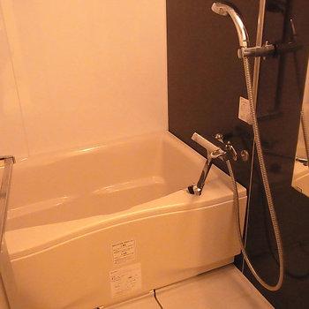 お風呂は分譲タイプ!※5階の似た間取りの別部屋