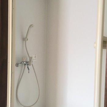 シャワーブースでぱぱっと!