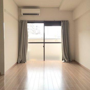 開放感のあるお部屋。