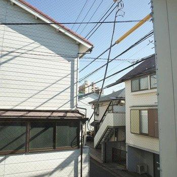 部屋からはこんな感じ ※写真は2階の似た間取り別部屋です。