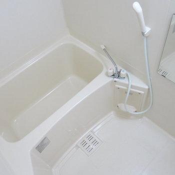 清潔感のある浴室〜