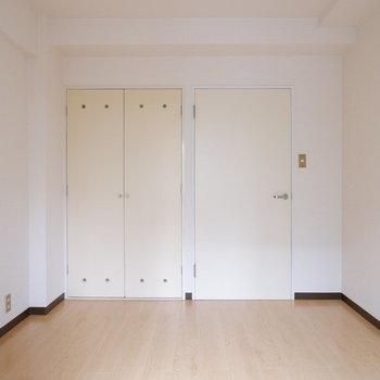 【4.4帖洋室】このお部屋も寝室や作業部屋になり得る。※写真は前回募集時のものです