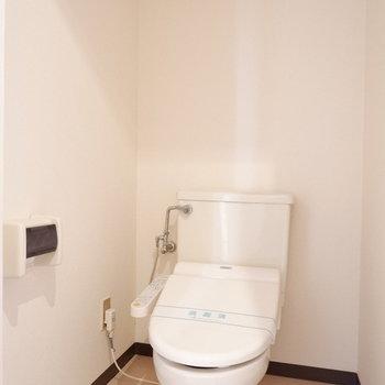 トイレは完全にわけられています。※写真は前回募集時のものです