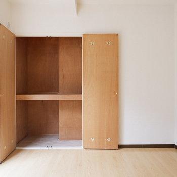 【6.3帖洋室】収納もしっかりと。※写真は前回募集時のものです