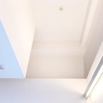 【2F】見上げると…天井が高い!!