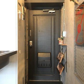 玄関周りはこんな感じ。※写真は前回募集時、モデルルームのものです