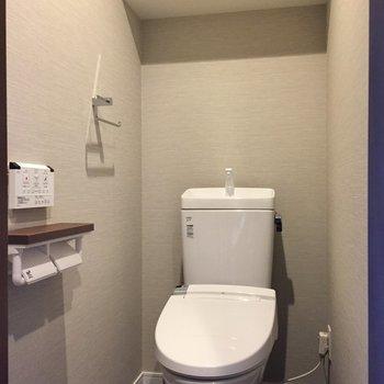 トイレはシンプル、設備は文句なし