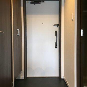 ゆとりある玄関