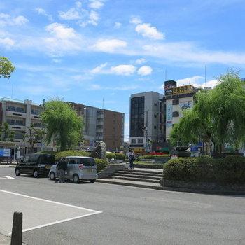 【周辺】駅前のロータリー
