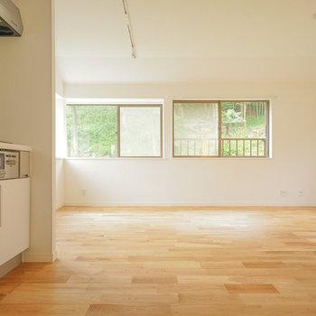 【イメージ】窓が多いのでお部屋の中には気持ちのいい風が!