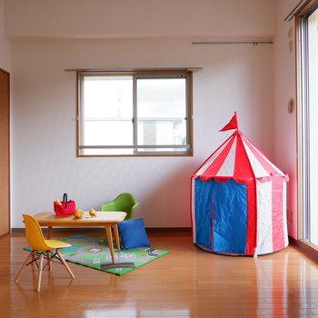【洋室①】リビング横は目の行き届く子供部屋に良さそうです。