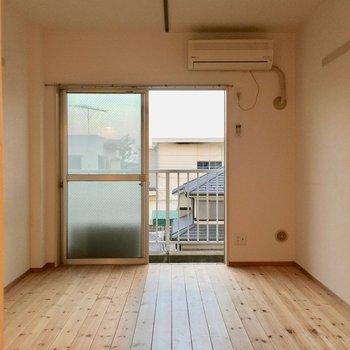 シンプルに使いやすい。※写真は3階の反転取り別部屋です。