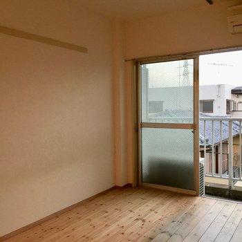 長押が残っているのがまたよい。※写真は3階の反転間取り別部屋です。