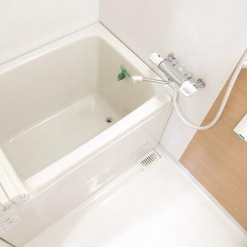 きれいな浴室がうれしいですね!※写真は前回募集時のものです