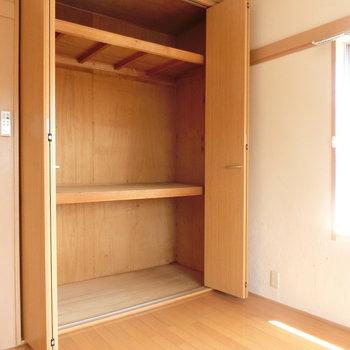 収納の仕方でたくさん入りそう※写真は4階の同間取り別部屋のものです。