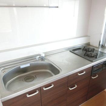 広々落ち着きキッチン※写真は4階の同間取り別部屋のものです。