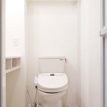 トイレもウォシュレットがあって快適!