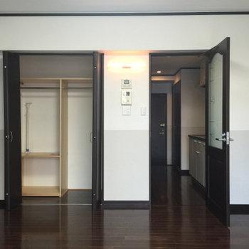 クローゼットも使いやすい。※写真は1階の同間取り別部屋のものです。