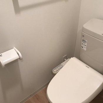 トイレはこんなかんじ※写真は同間取り別部屋です