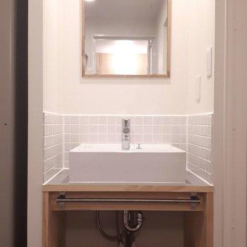 洗面台】大工さんお手製の洗面台なのです!
