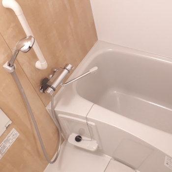 浴室】お風呂場は新品なので清潔感たっぷり〜