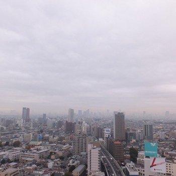 ベランダからの眺望!!東京を一望!※写真は26階からの眺望のものです