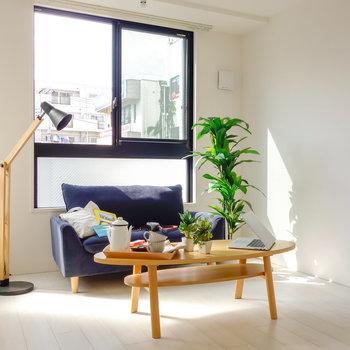 6.1帖ほどの洋室です。※写真は2階の同間取り別部屋のものです。