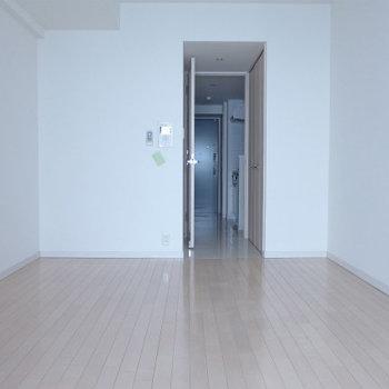 シンプルでお部屋も作りやすそう!(※写真は6階の同間取り別部屋のものです)